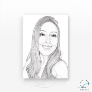 Ilustração personalizada de rosto grafite sobre papel